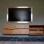 TV meuebl met klepdeuren met de lijn van de boomstam Goeters