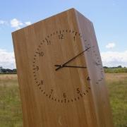 Handgemaakte Eiken klok  van meubelmaker Egbert JAn Boerma goeters 1-boom