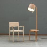 stoel-tafelleeslamp-1024x1024