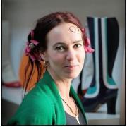 Joaney ontwerper en maker van leren schoenen en tassen Goeters