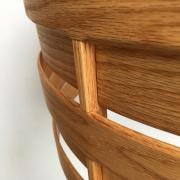 HAnglamp-van-hout-detail-van-het-gebogen-eiken-hout-Goeters