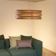 Hanglamp-van-gebogen-hout-Goeters