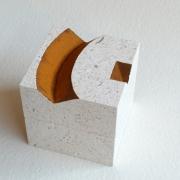 Letters in kistje van Natuursteen Goeters