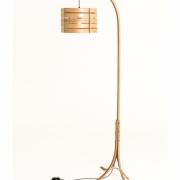 Lantaarn lamp vloerlamp van gebogen hout Goeters