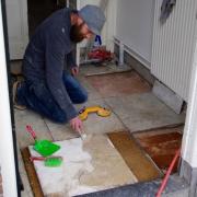 Ambachtelijk handwerk herstel van marmer