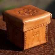 Goeters-handgemaakten-doosjes-van-leer