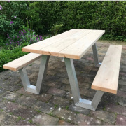 Picknicktafel-W-vorm-eiken-aluminium-design-Goeters-