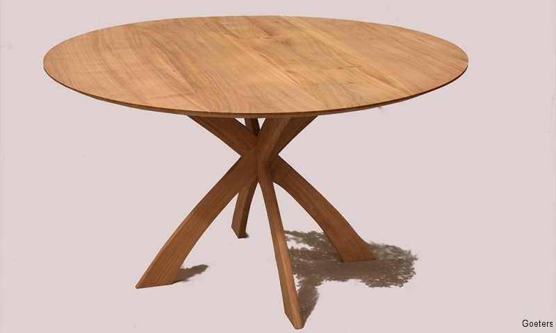 Ronde Tafel Hout : Ranke slanke ronde tafel voor tot personen