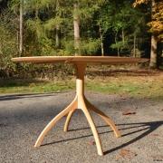 Shaker stijl ronde tafel Goeters
