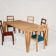 Lange slanke tafel van Bamboe