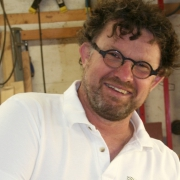 Theo Ruigrok meubelmaker Schipluiden werkt samen met Goeters