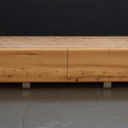 TV meubel met ronde vormen JAn Willem van der WEij, Goeters