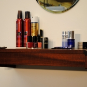 wandtafel-voor-makeup