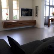 TV meubel zwevend op maat gemaakt 3 meter lang in notenhout Goeters